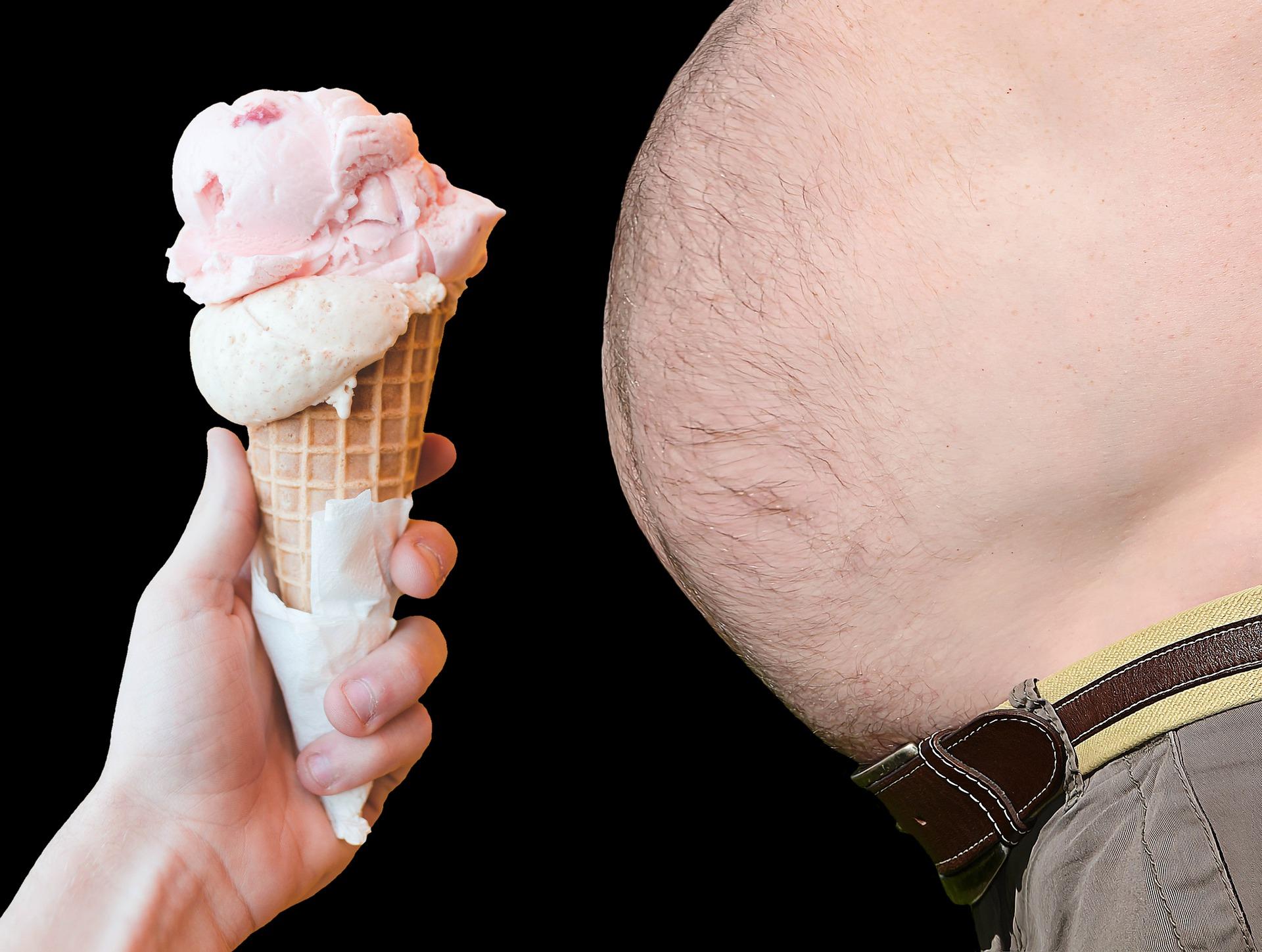W jaki sposób podwyższone stężenie glukozy we krwi oraz nadwaga i otyłość osłabiają odporność?